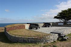 Mont Chinchon Battery